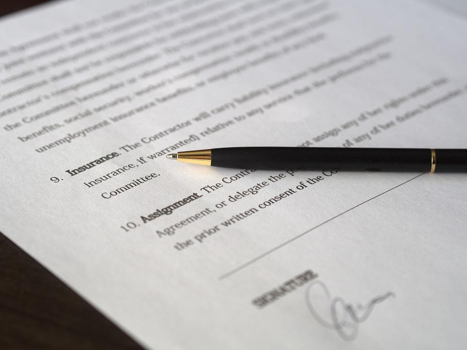 tcm contrat clauses commerciales importantes